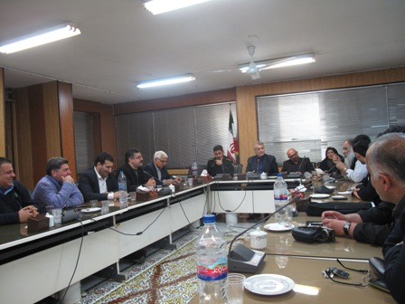 بررسی بایدها و نبایدهای فضاهای مجازی در کمیسیون فرهنگی و اجتماعی شورای شهر